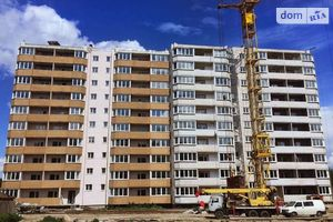 Продается 1-комнатная квартира 58.5 кв. м в Чернигове