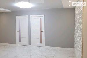 Продается 2-комнатная квартира 70 кв. м в Тернополе