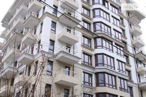 Продается 2-комнатная квартира 72 кв. м в Львове