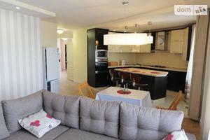 Продается 2-комнатная квартира 110 кв. м в Тернополе