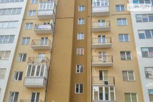 Продається 2-кімнатна квартира 81 кв. м у Івано-Франківську
