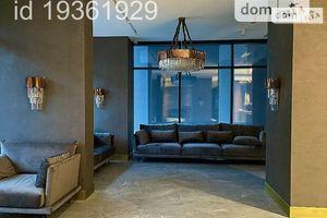 Продается 1-комнатная квартира 61.8 кв. м в Киеве