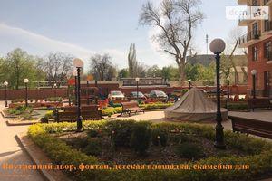 Продается 4-комнатная квартира 124.3 кв. м в Одессе