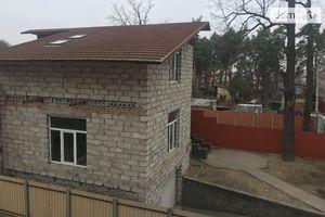 Продается дом на 2 этажа 207 кв. м с балконом