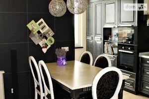 Продається 4-кімнатна квартира 164 кв. м у Вінниці