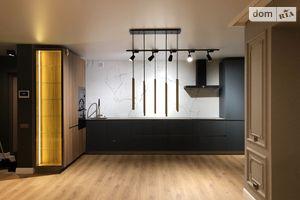 Продається 2-кімнатна квартира 65 кв. м у Тернополі