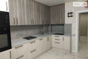 Продается 3-комнатная квартира 73 кв. м в Ирпене