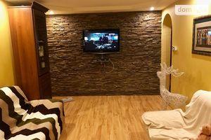 Сдается в аренду 3-комнатная квартира 70 кв. м в Ужгороде