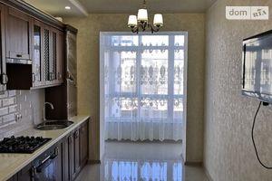 Сдается в аренду 2-комнатная квартира 78 кв. м в Ивано-Франковске