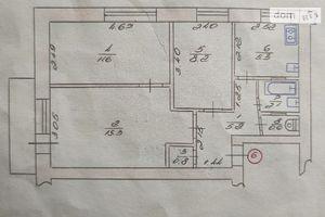 Продається 3-кімнатна квартира 50.4 кв. м у Луцьку