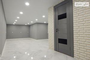 Продается объект сферы услуг 110 кв. м в 9-этажном здании