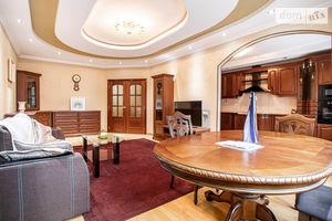 Продается 3-комнатная квартира 121.5 кв. м в Киеве