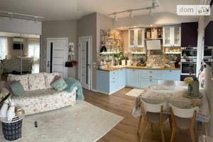 Продается 1-комнатная квартира 57 кв. м в Ужгороде