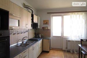 Продается 2-комнатная квартира 75 кв. м в Ужгороде