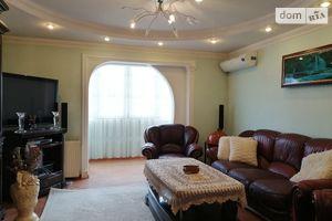 Продается 3-комнатная квартира 67.9 кв. м в Тернополе