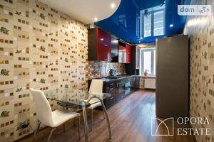 Продається 2-кімнатна квартира 79.5 кв. м у Чернігові