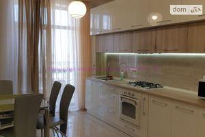 Продается 1-комнатная квартира 37 кв. м в Ужгороде