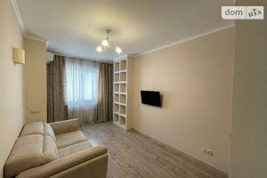 Продается 1-комнатная квартира 35.1 кв. м в Вышгороде