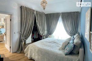 Продается 2-комнатная квартира 57 кв. м в Ужгороде