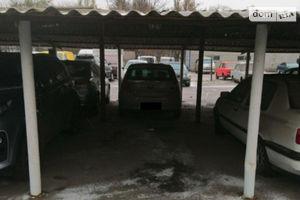Продается место на стоянке под легковое авто на 11 кв. м