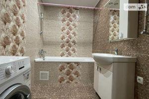Сдается в аренду 2-комнатная квартира 64 кв. м в Полтаве
