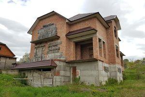 Продается дом на 2 этажа 300 кв. м с верандой