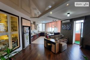 Продается 2-комнатная квартира 115.9 кв. м в Николаеве