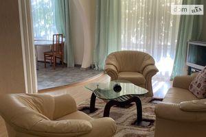 Сдается в аренду 3-комнатная квартира 87 кв. м в Ужгороде