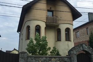Зніму будинок в Івано-Франківську довгостроково