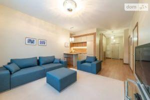 Зніму двокімнатну квартиру на Саксаганського Київ помісячно