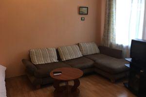 Зніму однокімнатную квартиру на Дружби Народові Київ подобово
